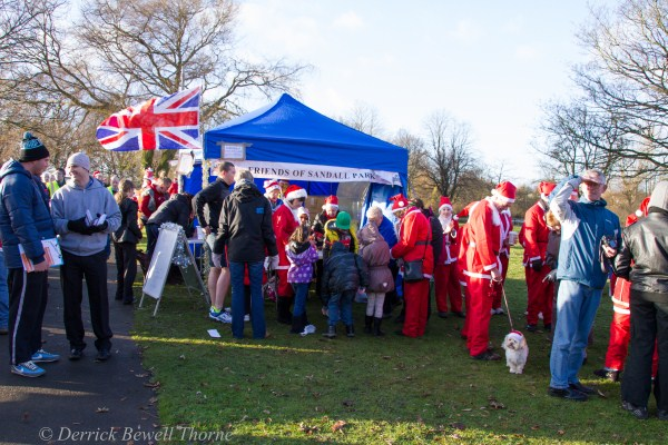 imgl7903-santa-dash-sandall-2012-december-10-2012derrick-bewell-thorne-5184-x-3456-copy