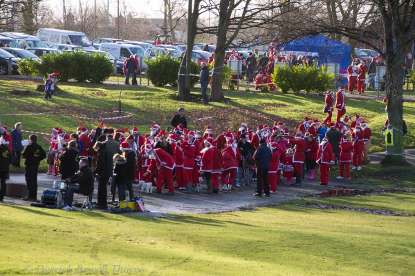 imgl7907-santa-dash-sandall-2012-december-10-2012derrick-bewell-thorne-5184-x-3456-copy