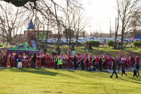 imgl7910-santa-dash-sandall-2012-december-10-2012derrick-bewell-thorne-5184-x-3456-copy