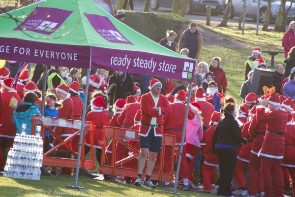 imgl7920-santa-dash-sandall-2012-december-10-2012derrick-bewell-thorne-5184-x-3456-copy