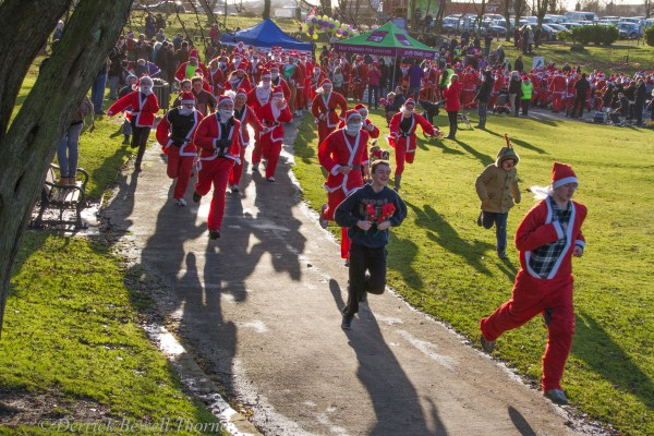 imgl7922-santa-dash-sandall-2012-december-10-2012derrick-bewell-thorne-5184-x-3456-copy
