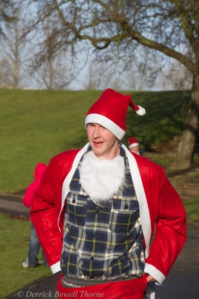 imgl7948-santa-dash-sandall-2012-december-10-2012derrick-bewell-thorne-3456-x-5184-copy