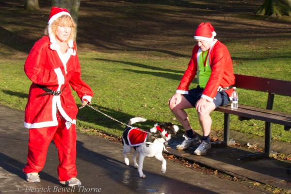 imgl7954-santa-dash-sandall-2012-december-10-2012derrick-bewell-thorne-5184-x-3456-copy